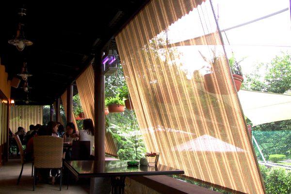 1 Bistro Restaurant